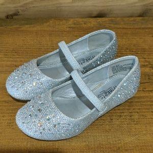 Toddler girls slip on dress shoes